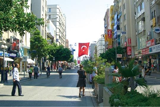 """メルシンの「串本姉妹都市通り」は友好のシンボル - Mersin'deki """"Kuşimoto Sokağı"""", dostluğunun simgesidir."""