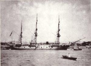 在りし日のエルトゥールル号。1890年9月16日、熊野灘で機関故障のため航行不能となり、岩礁に激突大破した